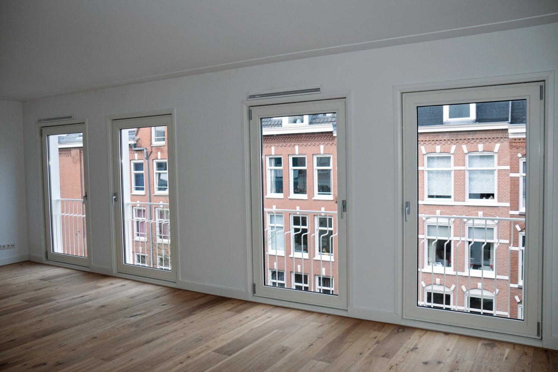 Amsterdam, Van Hogendorpstraat 17